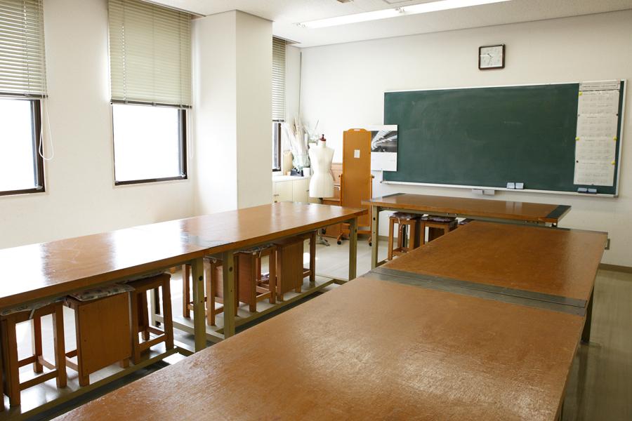 阿倍野区民センター : 創作活動室 : Image Gallery01